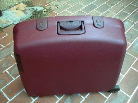 valise avec code de s curit. Black Bedroom Furniture Sets. Home Design Ideas
